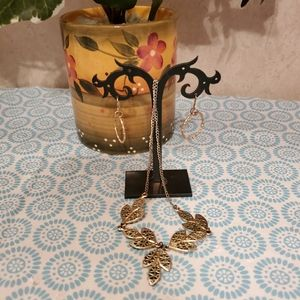 Cosmetic Necklace and earrings